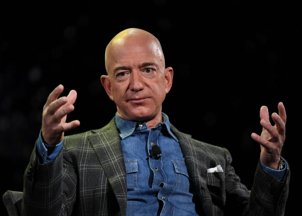 jeff bezos ceo of amazon blue origin